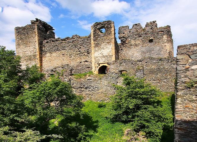 Cetatea Soimos obiectiv turistic Arad | 365romania.ro