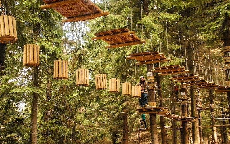 Parc aventura Arka Park Paltinis Sibiu tiroliana|365romania.ro