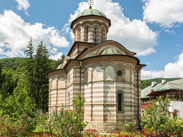 Manastirea Cozia Calimanesti Valcea | 365romania.ro