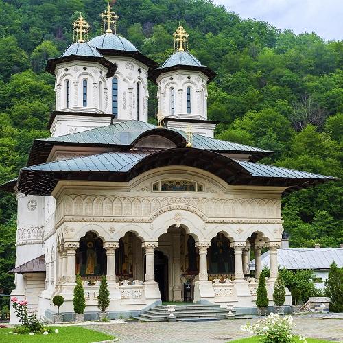 Manastirea Lainici jud.Gorj atractii turistice | 365romania.ro