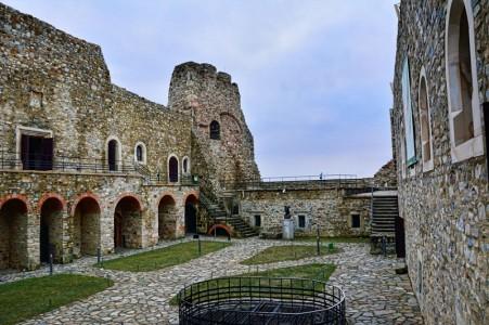 Cetatea Neamtului atractii turistice Targu Neamt | 365romania.ro