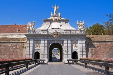 Cetatea Alba Carolina de la Alba Iulia | 365romania.ro