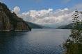 Barajul Vidraru obiectiv vizitat de numerosi turisti romani si straini