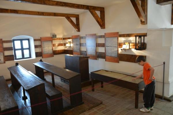 Muzeul Golesti 365 romania ADI_8656.jpg
