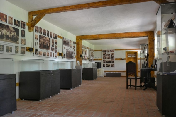 Muzeul Golesti 365 romania ADI_8722.jpg